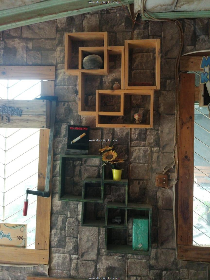 contoh kerajinan kayu rak dinding